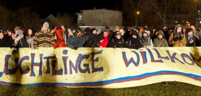 Flüch willk Kundgebungen-Leipziger-Asylbewerberheim